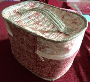 Sandra - Vanity Sewing Case